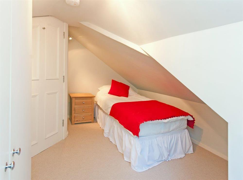 Single bedroom at sleeps 5/6,