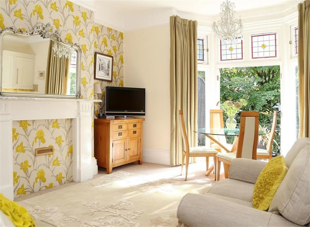 Open plan living space at Beaufort Apartment in Tunbridge Wells, Kent