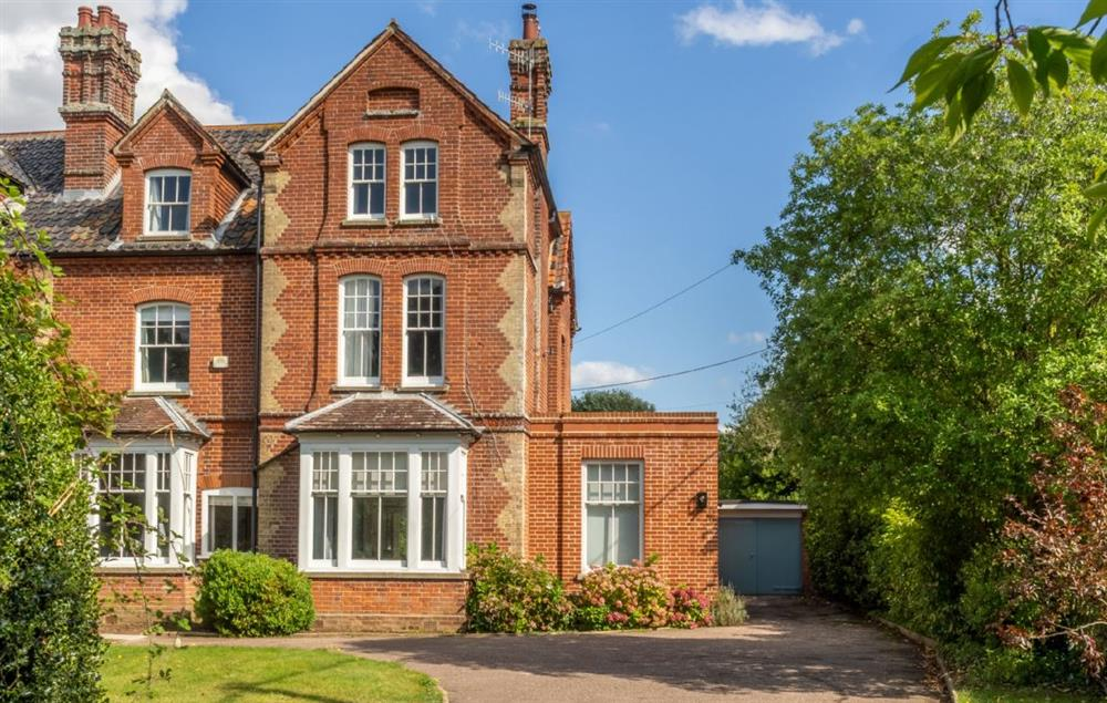 Belstead House is a beautiful Victorian property situated in the heart of Aldeburgh at Belstead House, Aldeburgh