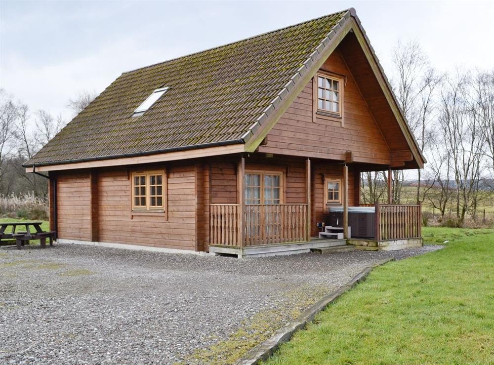 Exterior at Lodge 2,