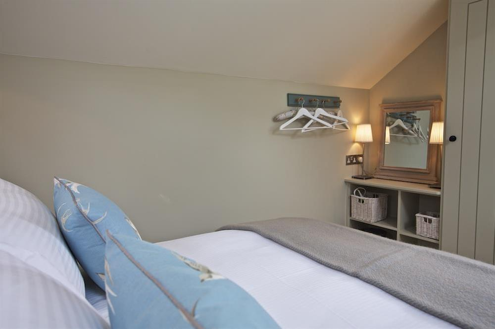 En suite double bedroom (photo 2) at Berry Cottage in , Dittisham