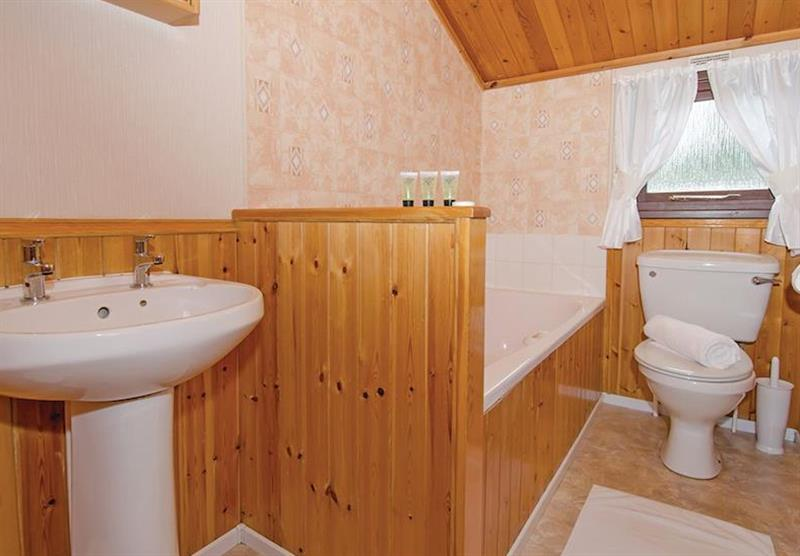 Bathroom in the Comfort Plus 6 Lodge at Beverley View in Paignton, South Devon