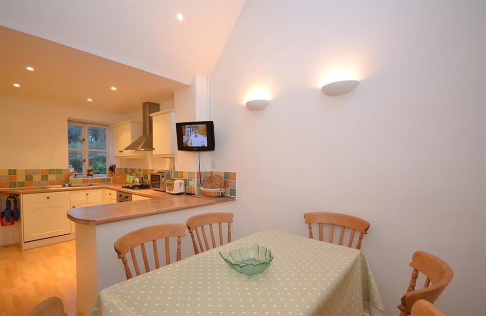 The dining area at Blackberry Cottage, Slapton