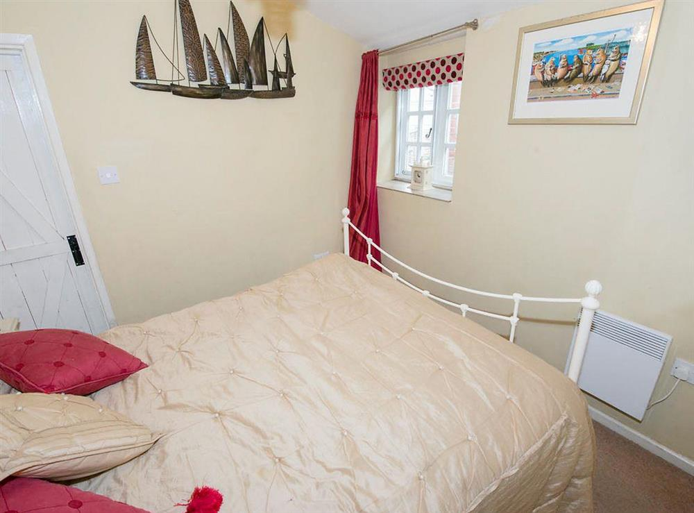 Double bedroom (photo 2) at Cobble Cottage,