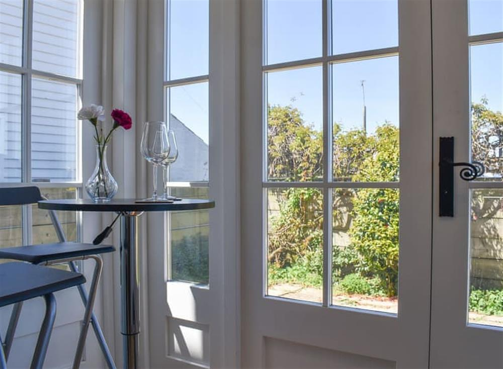 Lovely sunny conservatory at Bluebell Cottage in Whitstable, Kent