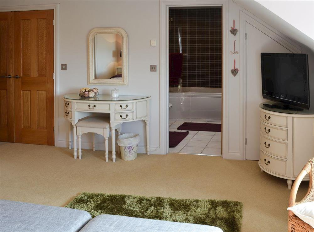 Family bedroom with en-suite at Bodrydd,