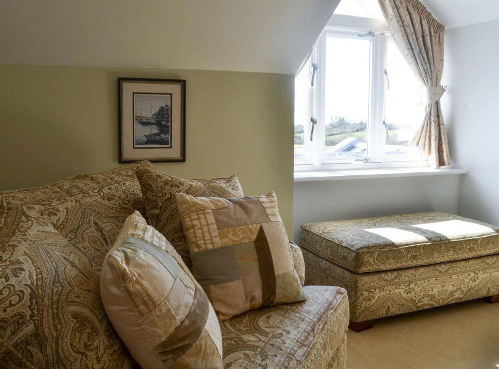Kingsize bedroom with freeview TV & en-suite (photo 4) at Bodrydd,