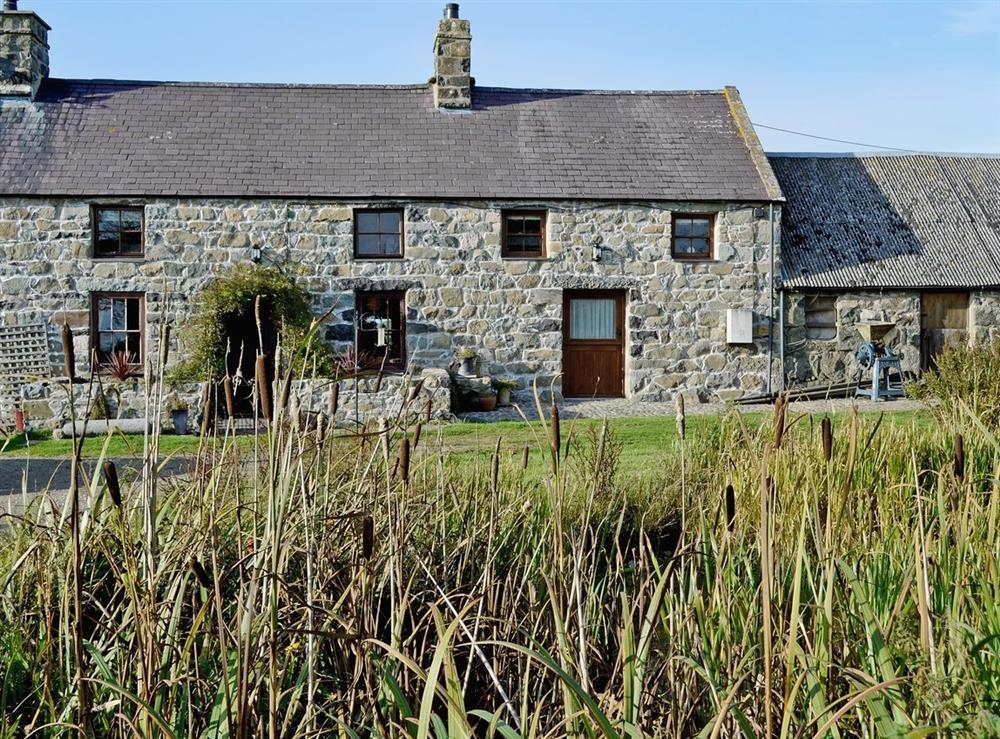 Exterior at Bodwyddog Bach Cottage in Rhiw, near Aberdaron, Gwynedd