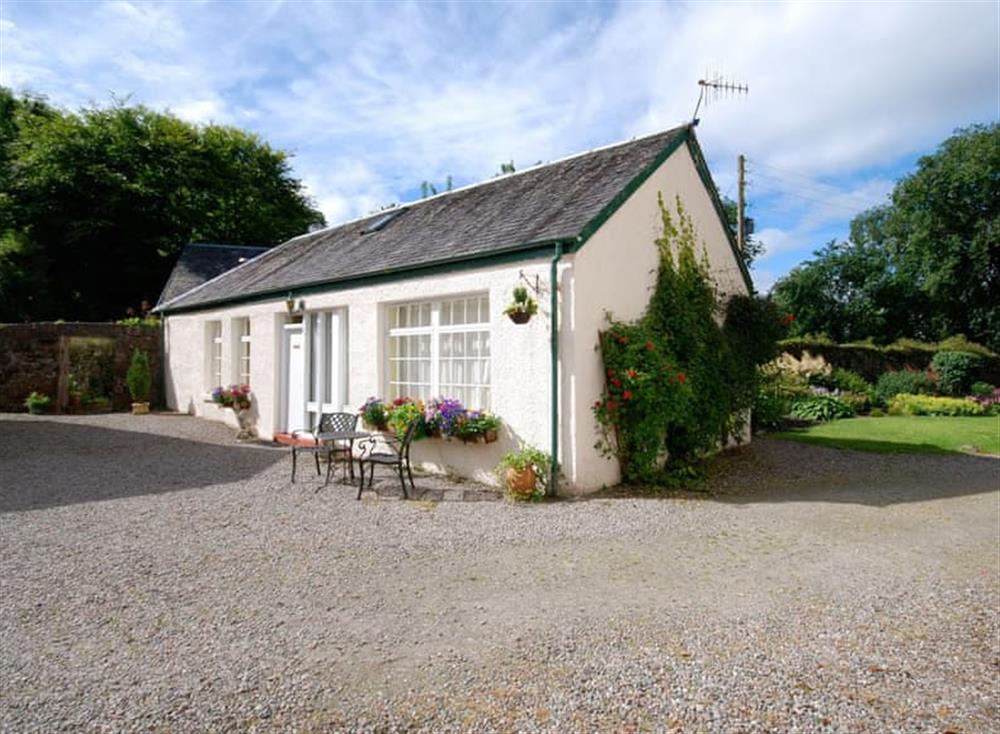 Delightful single-storey holiday home at Rose Cottage,