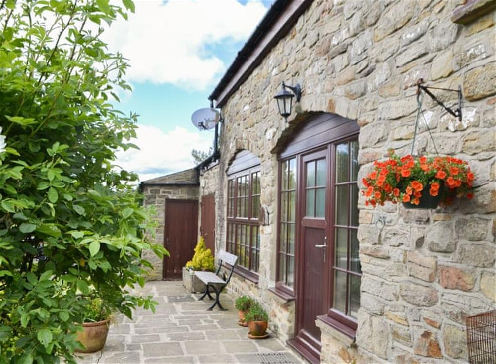 Pretty stone-built barn conversion at High Pasture Cottage,
