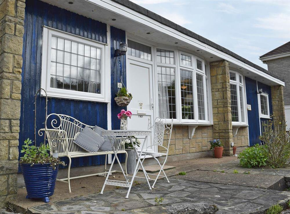 Spacious chalet-style property at Bracelet Cottage in Mumbles, near Swansea, Glamorgan, West Glamorgan