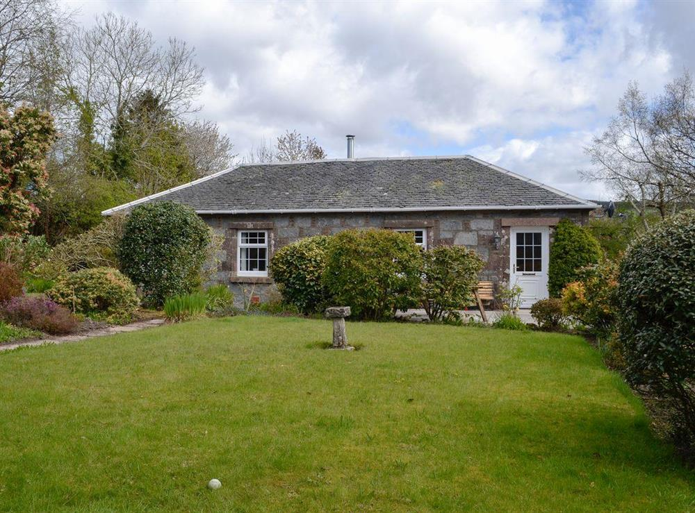Beautifully presented detached cottage at Braefoot 1860 in Straiton, near Maybole, Ayrshire