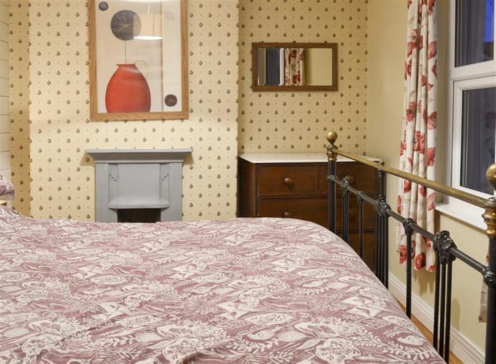 Comfortable double bedroom at Bramble Cottage in Horrabridge, near Tavistock, Devon