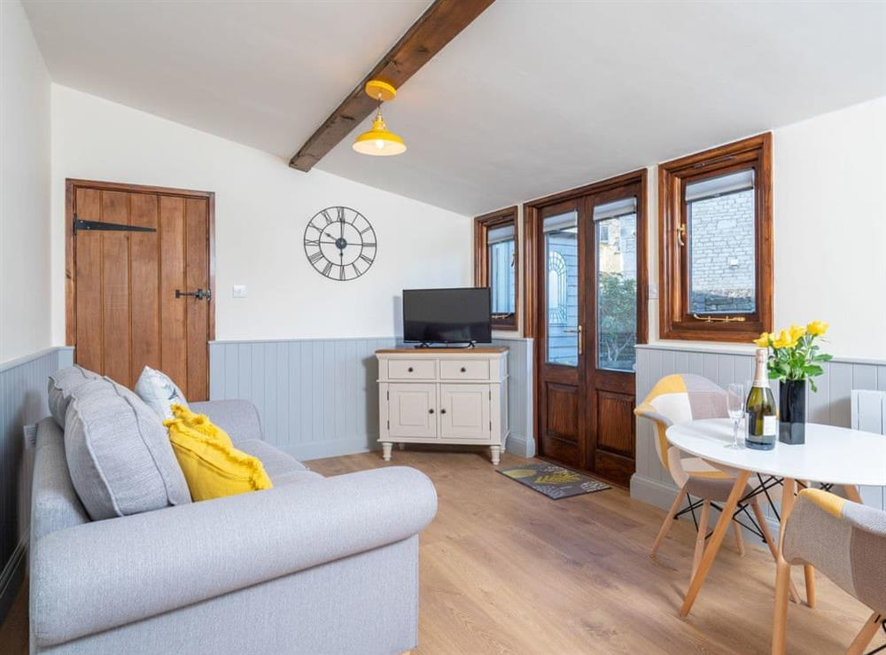 Welcoming living area at Brewery Lodge in Cirencester, Gloucestershire