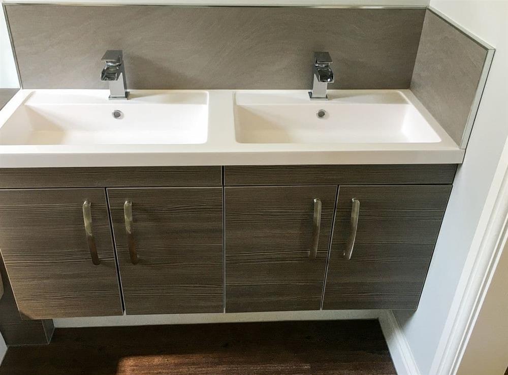 Bathroom at The Wheelwright,
