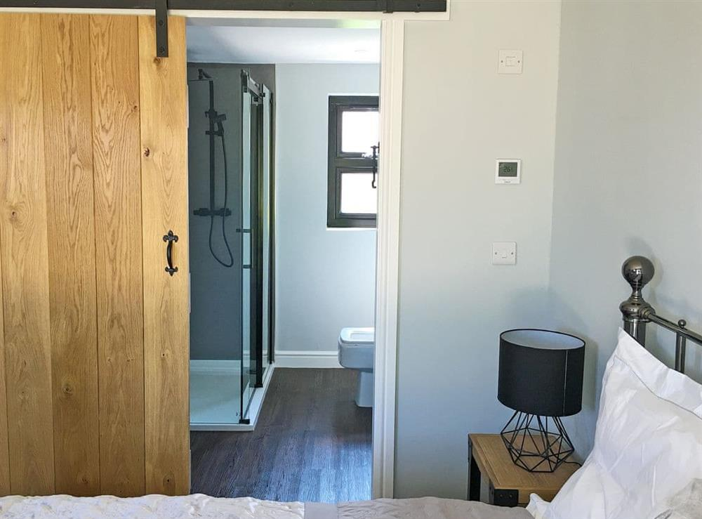 Double bedroom (photo 2) at The Wheelwright,