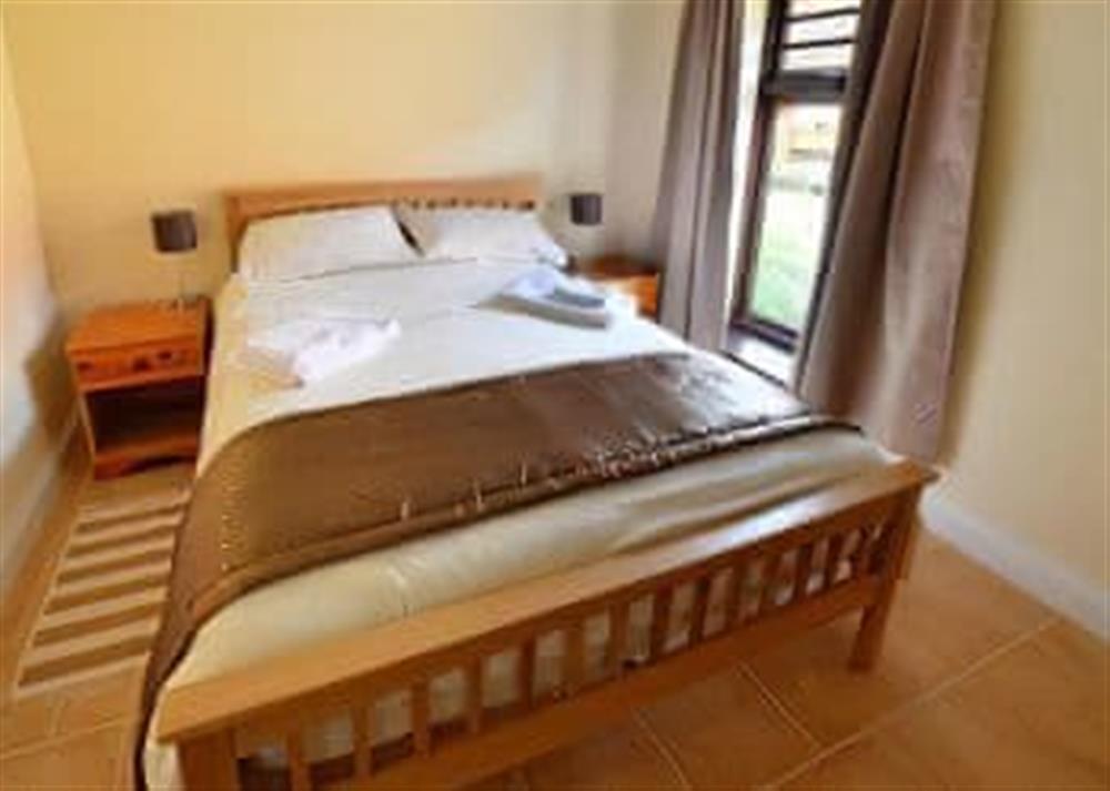 Double bedroom (photo 3) at 2 Brick Kiln Barns,