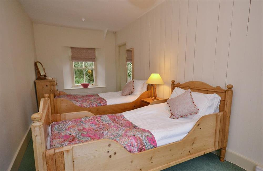 The twin bedroom. (photo 2) at Britannia Cottage, Stoke Fleming