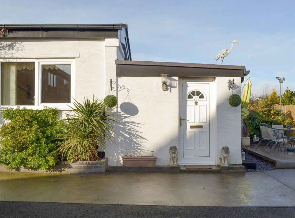 Attractive holiday home at Brithdir Cottage in Bodelwyddan, near Rhyl, Denbighshire