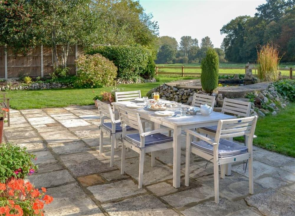 Sitting-out-area at Broad Cottage in Barton Turf, near Norwich, Norfolk