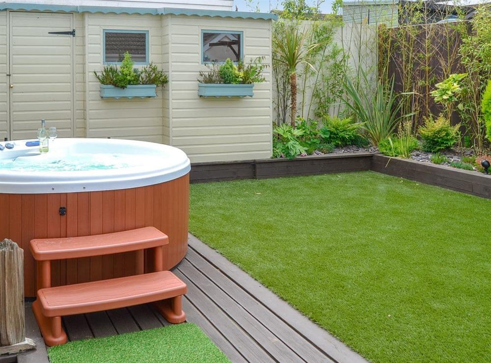 Relaxing hot tub at Broadland Hideaway in Martham, near Great Yarmouth, Norfolk