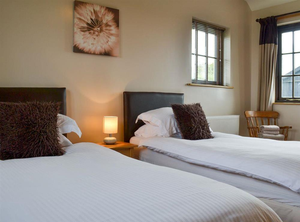 Twin bedroom at Brookhouse Barn in Chapel Allerton, near Cheddar, Somerset