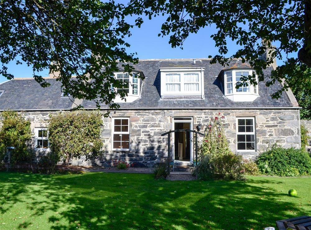 Lovely, detached cottage (photo 2) at Burnside Cottage in Portsoy, near Banff, Aberdeenshire