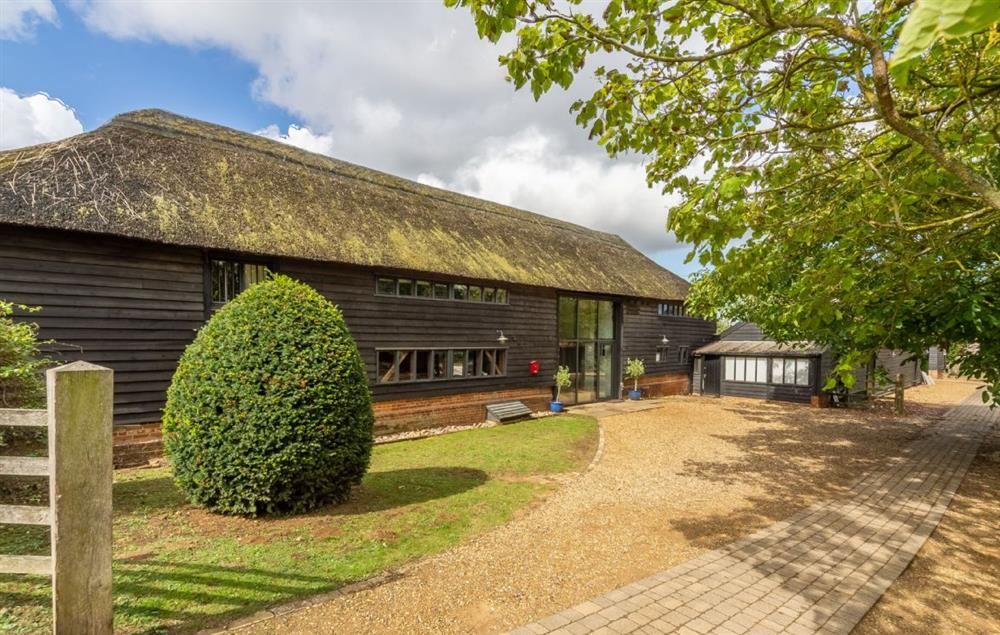 Butley Barn: Driveway with parking for six vehicles