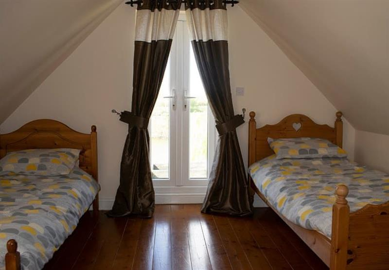 Twin bedroom in The Stables Cottage at Camper UK Leisure Park in Swinethorpe, Nr Lincoln