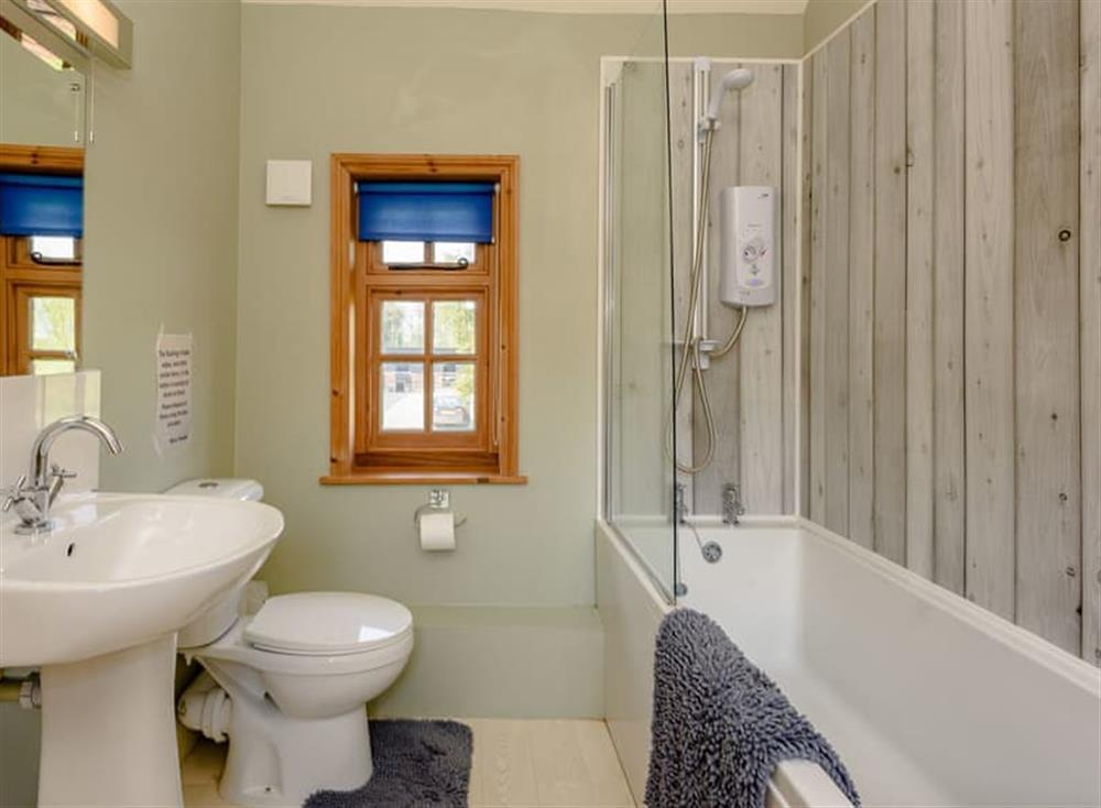 Bathroom at Castle Lodge in Mettingham, England