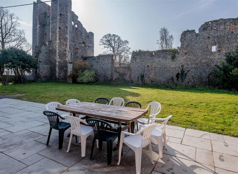 Sitting out area at Castle Lodge in Mettingham, England