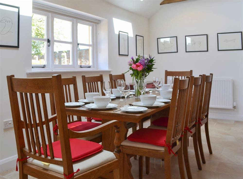 Charming dining area at The Hop Cottage,