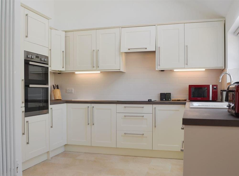 Spacious, well equipped kitchen at The Hop Cottage,