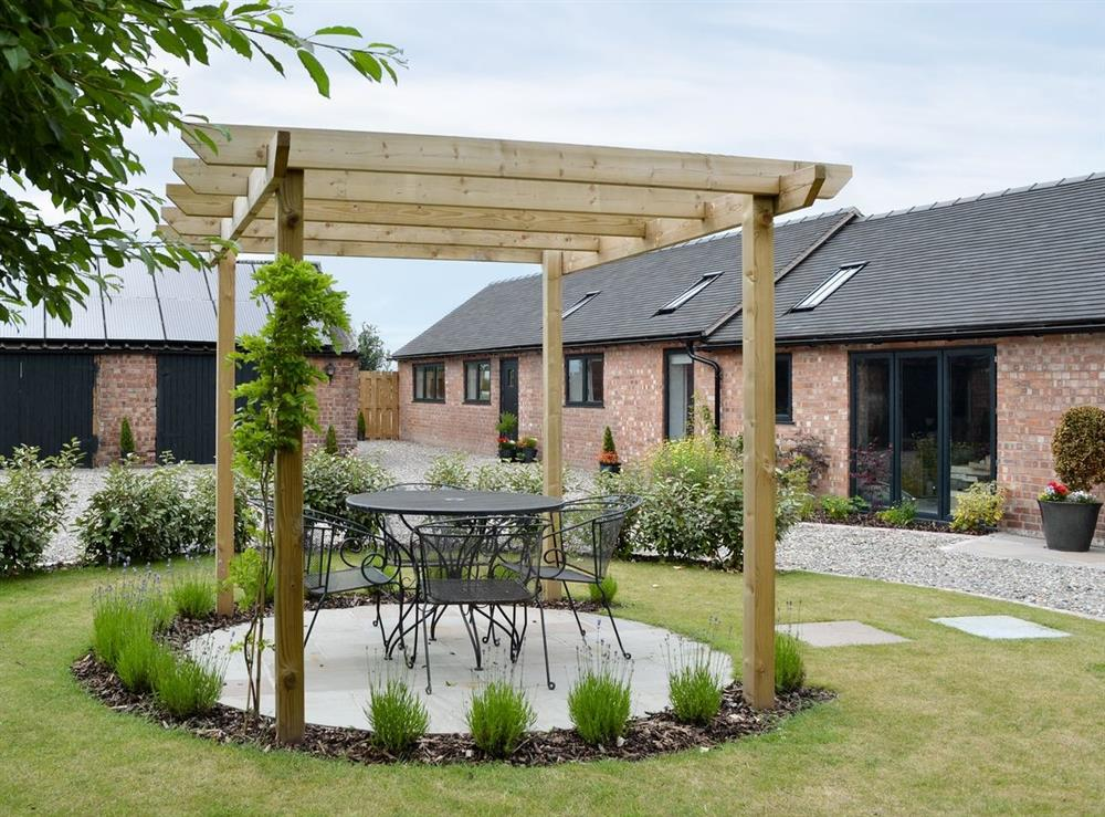 Sitting-out-area at Cherry Tree Barn in Audlem, near Nantwich, Cheshire