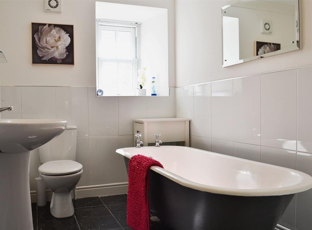 Bathroom at Chestnut Cottage in Prestwick, Ayrshire
