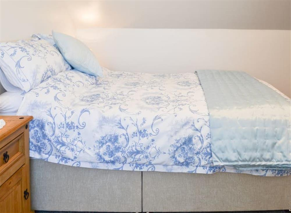 Welcoming double bedroom at Christine Cottage in Flamborough, North Humberside