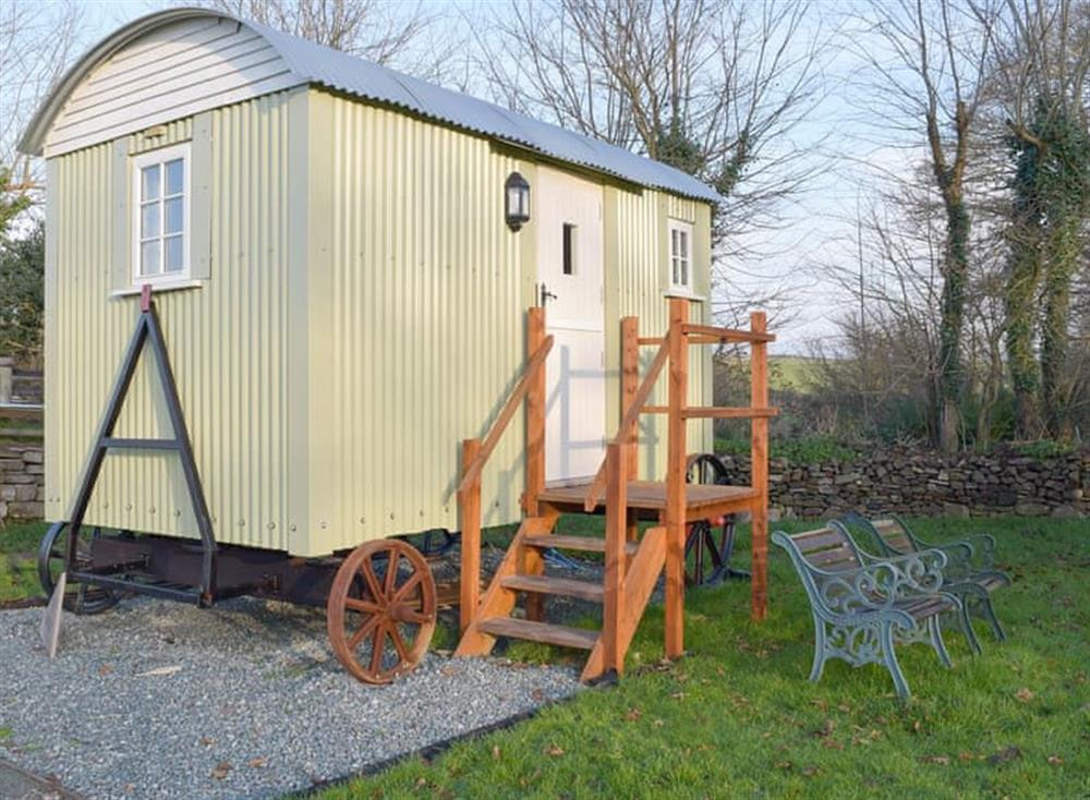 Beautiful shepherd's hut for the ultimate glamping experience at The Hurdle,