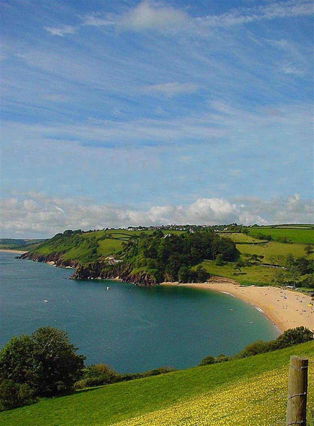 Blackpool Sands is only a 10 minute drive away at Churchgate House, Blackawton