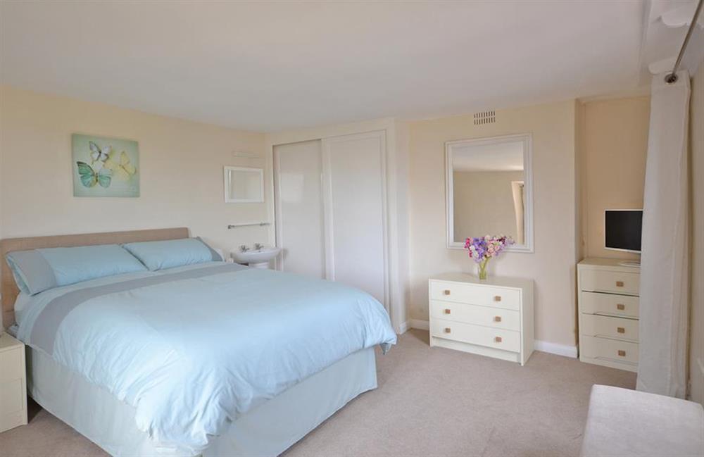 The spacious double bedroom at Churchgate House, Blackawton