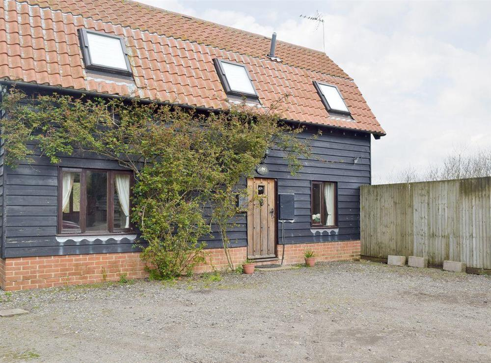 Traditional rural-style holiday home at Clarys Barn in Copdock, near Ipswich, Suffolk