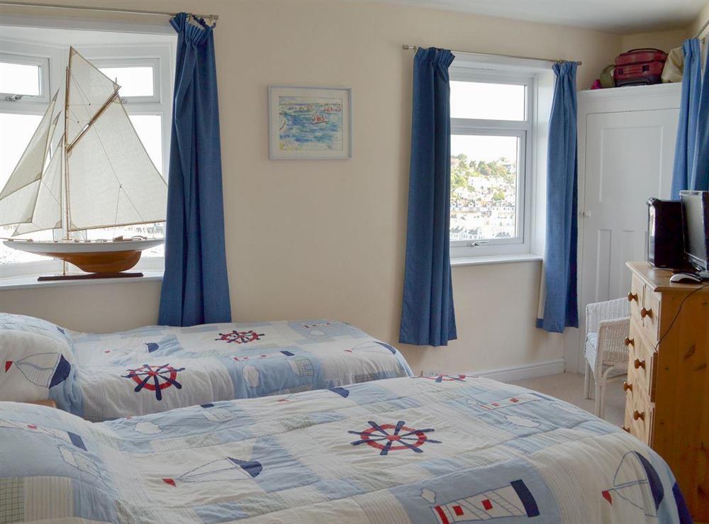 Cosy tin bedroom at Cliff Cottage in Brixham, Devon