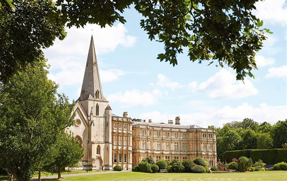 Guests have the use of all the facilities at Sherborne House, which include a heated indoor swimming pool and sauna (small charge), hard tennis court and 10 acres of beautifully landscaped gardens including rose gardens and an orangery