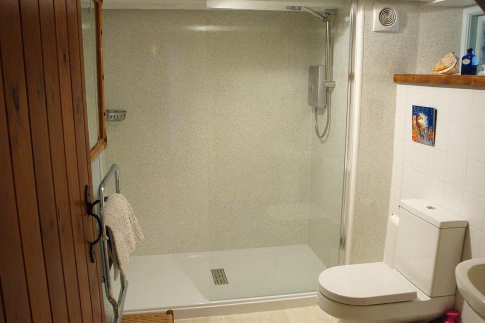 Family bathroom (refurbished 2017) at Clover in Blackawton, Dartmouth