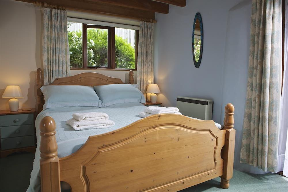 Second bedroom with double bed at Clover in Blackawton, Dartmouth