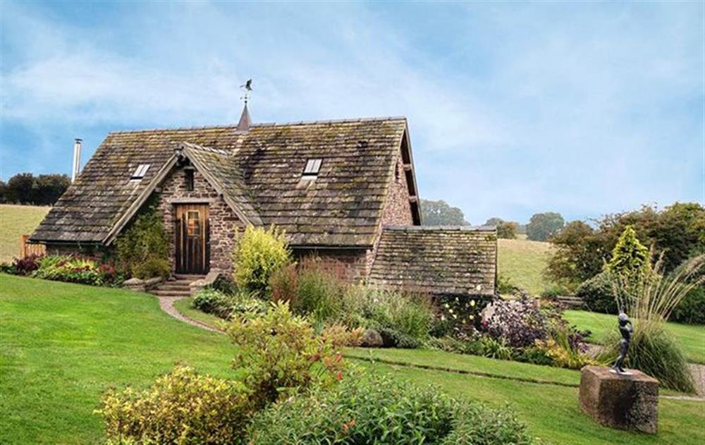 Coach House, a romantic, studio conversion at Coach House (Worcestershire), Fishpools