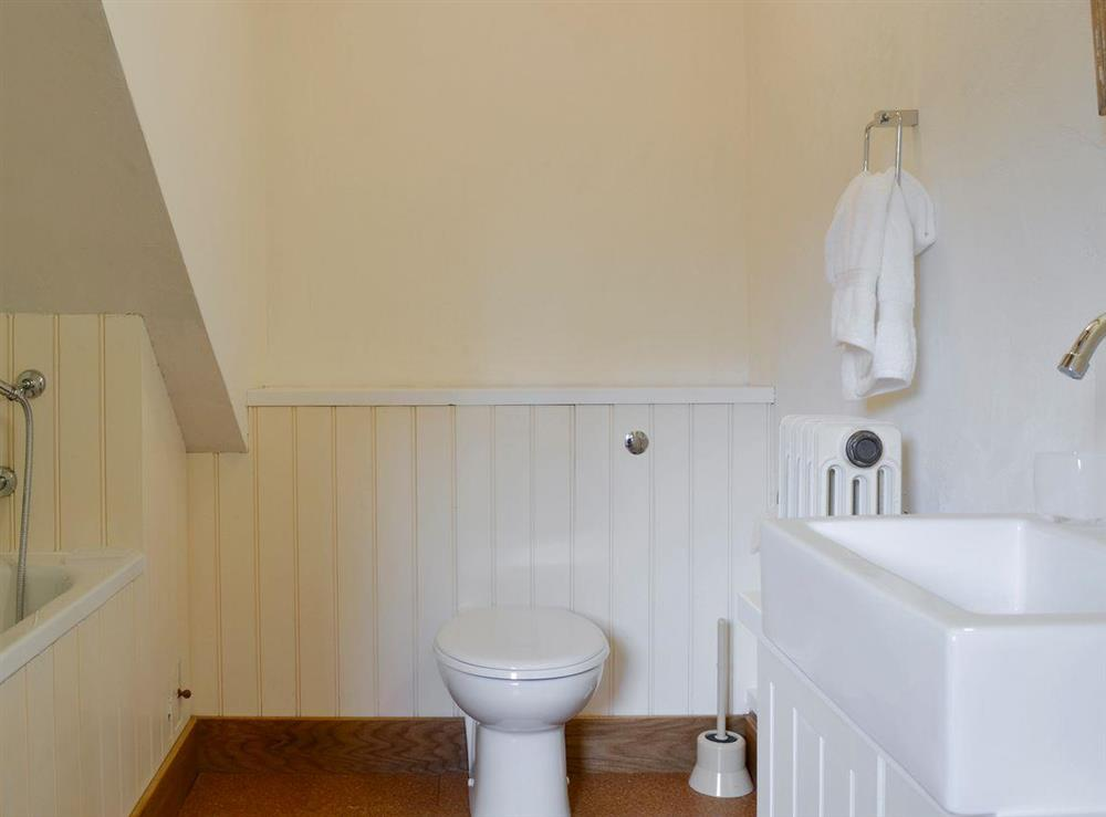 En-suite bathroom at The Cottage,