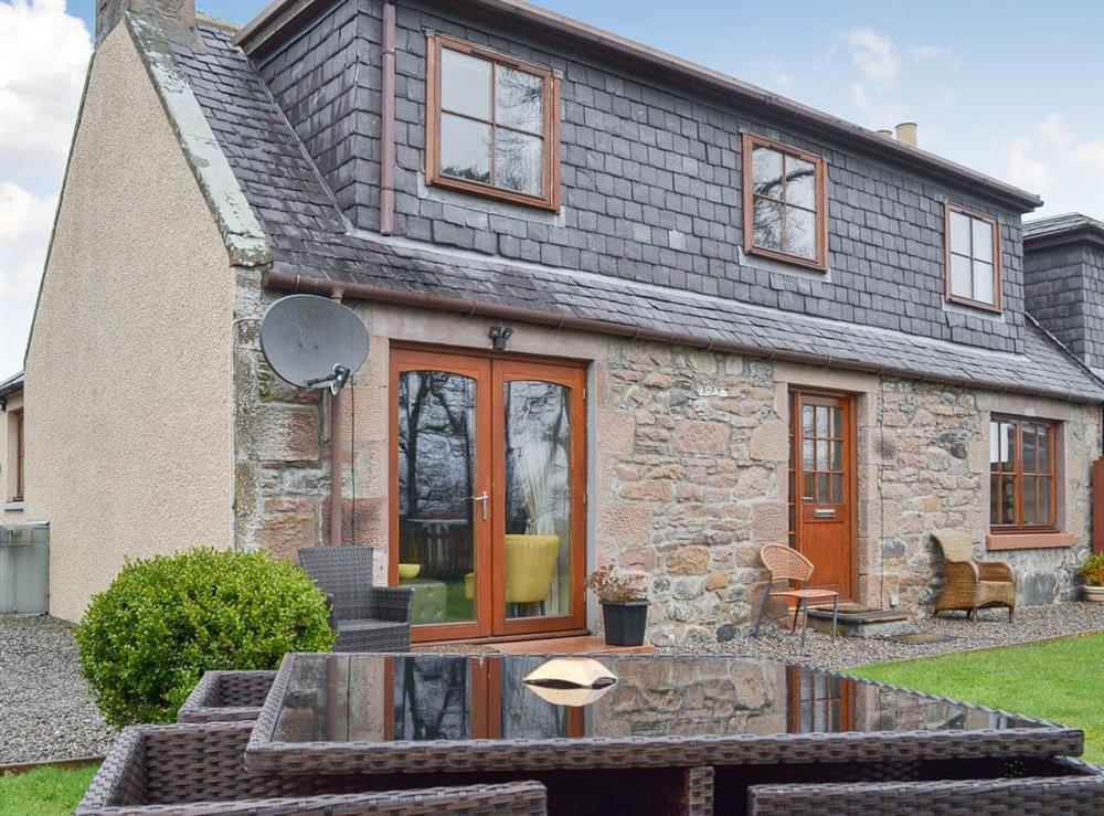 Country Cottage is a detached property