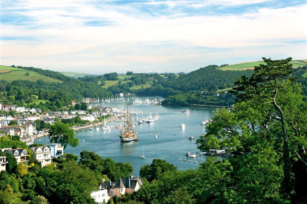 The beautiful River Dart at Court Cottages 1 in Hillfield, Dartmouth