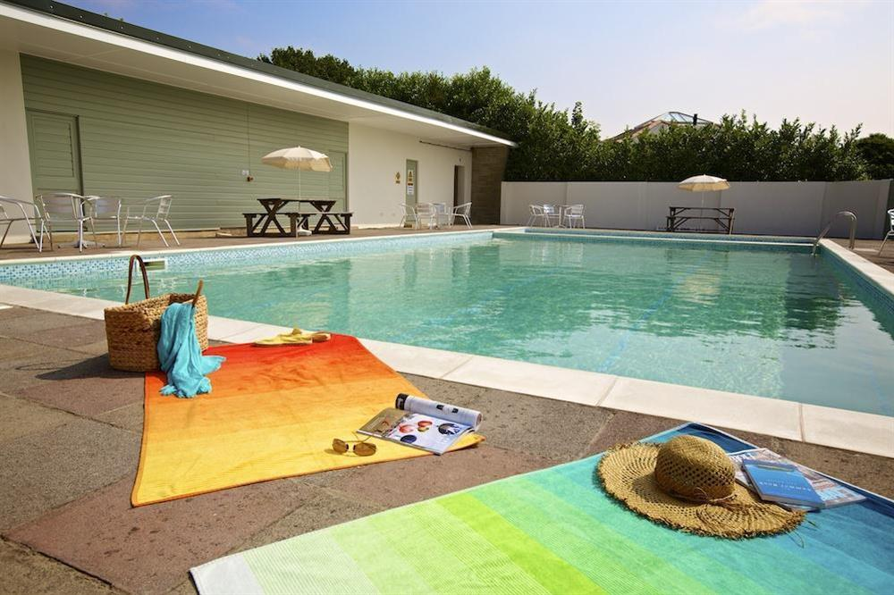 Outdoor swimming pool at Court Cottages 3 in Hillfield, Dartmouth