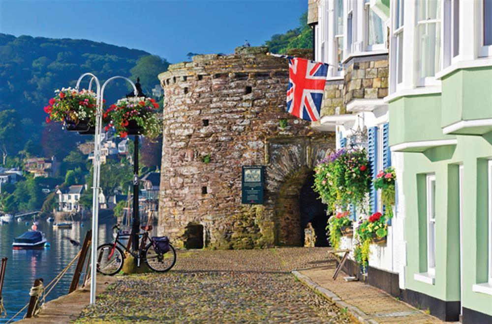 Explore the cobbled streets of Dartmouth at Courtyard House in , Dartmouth